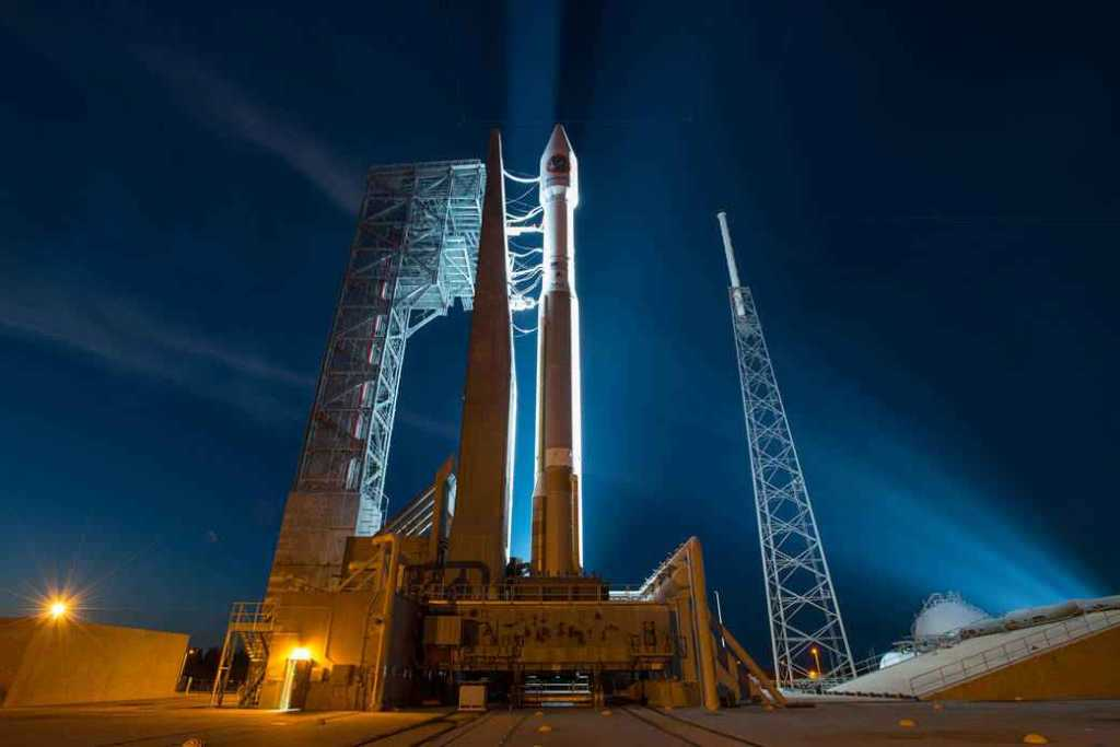 Cohete Atlas V de United Launch Alliance listo para el despegue