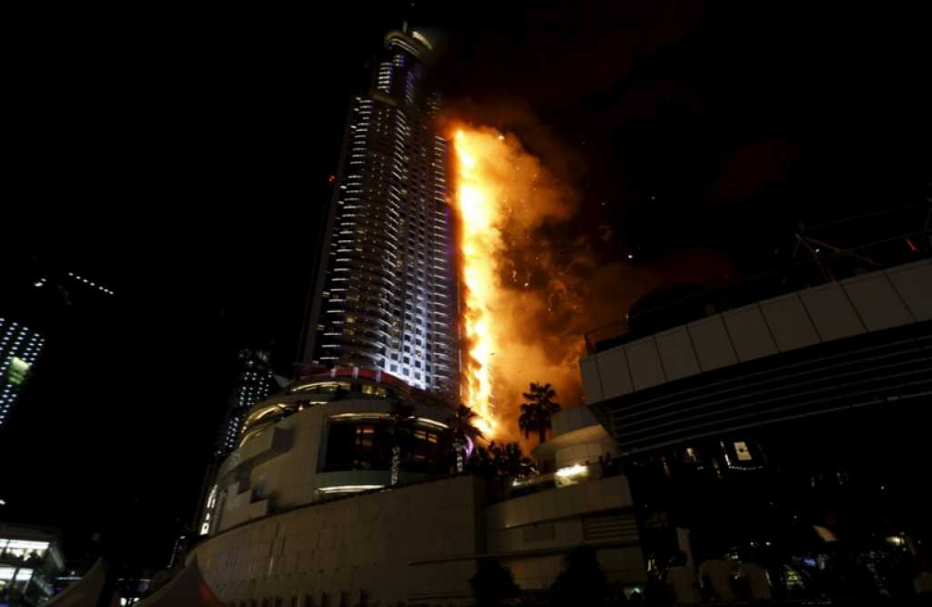 Incendio en el hotel Address Downtown de Dubai