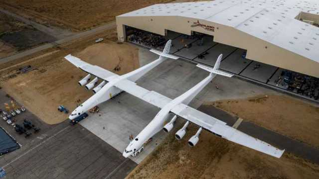 Roc Stratolaunch Carrier