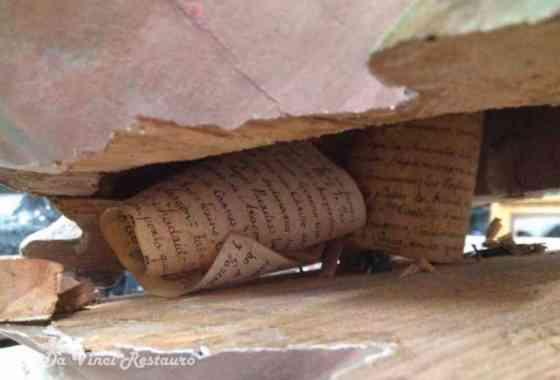 Mensaje del pasado encontrado dentro de una estatua española de Jesús
