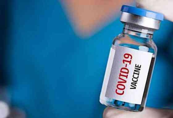 Así es como funcionan las innovadoras vacunas COVID-19 de Pfizer y Moderna