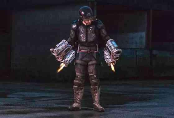 Inventor británico vuela en traje de 'Iron Man'