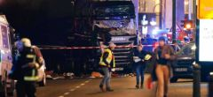 Varios muertos después que un camión se estrella en un mercado de Navidad en Alemania
