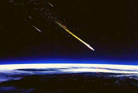 Los restos del cohete espacial chino caen sobre el Océano Índico cerca de Maldivas