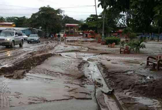 Terrorífico vídeo de una riada en Costa Rica consecuencia del huracán Otto