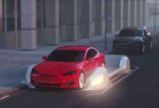 Elon Musk muestra ascensores que llevarán los coches por túneles de alta velocidad