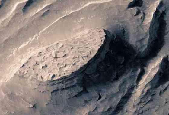 Impresionante vídeo de Marte que llevó tres meses en hacerse a mano