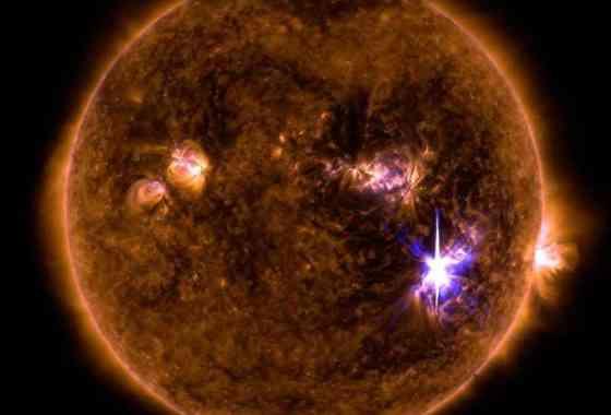 La NASA observa la llamarada solar más fuerte en una década