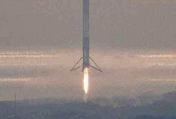 SpaceX aterriza con éxito en tierra firme su tercer cohete Falcon 9