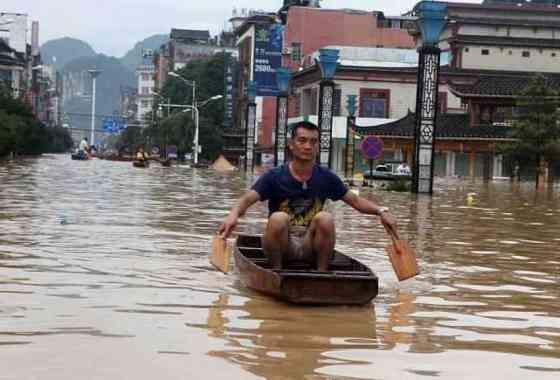 Inundaciones extremas en China: dramáticas escenas de rescate y ruina